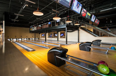 """Annual """"Bowling with the Journalists"""" – Summer '16 Edition"""